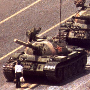 tiananmen-square-1989-tank-man-china-close-up-one-tank